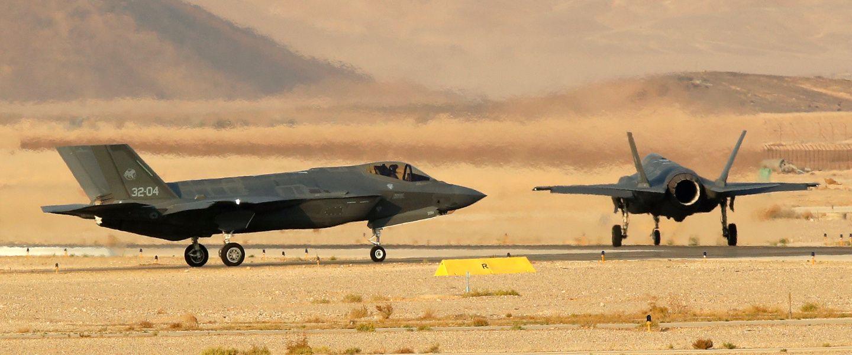 Le F-35 «Foudre» II, l'avion qui a peur des éclairs