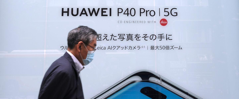 Smartphones: tout le monde veut la place de Huawei
