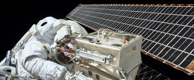 Boire ou conduire une navette spatiale, il faut choisir. | NASAvia Unsplash