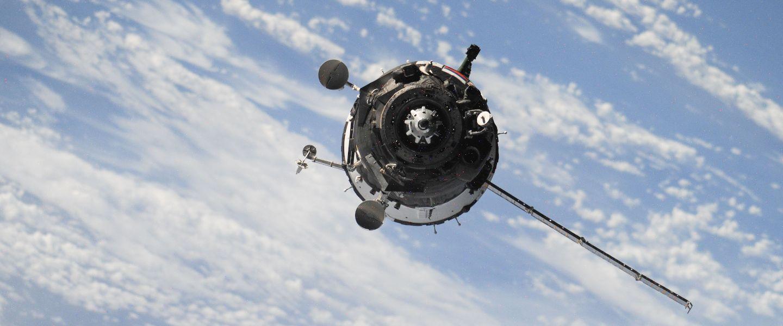 Pour Starlink, Elon Musk veut lancer 30.000 satellites supplémentaires dans l'espace